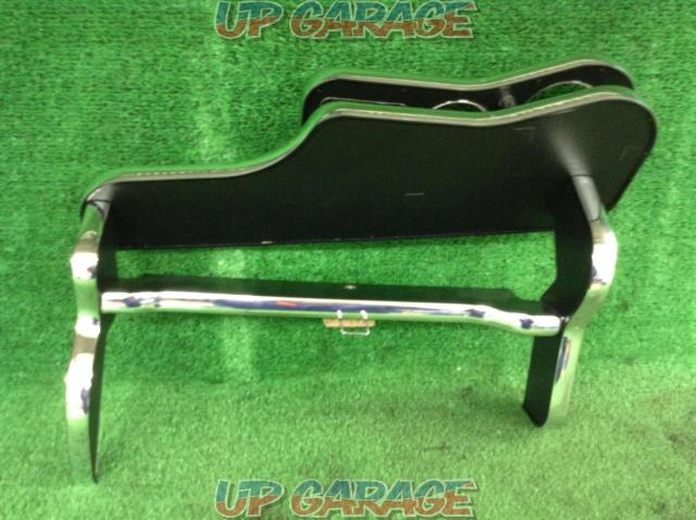 Unknown Manufacturer Front table-03