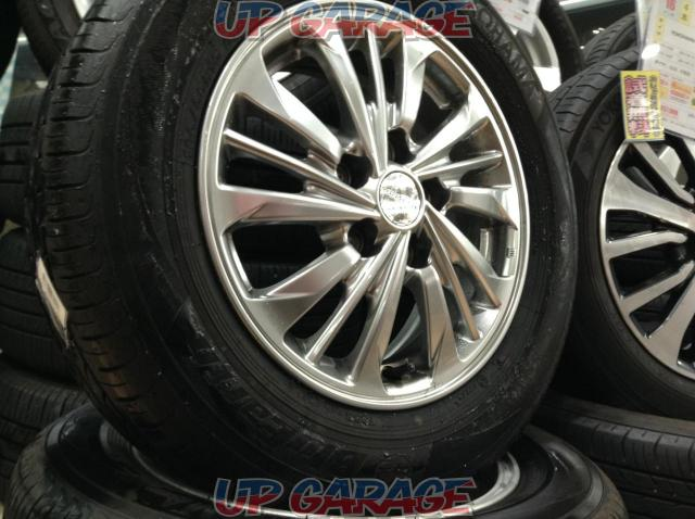 [For genuine diversion and vehicle inspection!] NISSAN C26 Serena AUTECH Rider original wheel + YOKOHAMA BluEarth-01