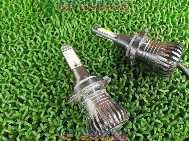 Unknown Manufacturer LED bulb-02