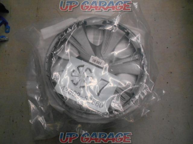 TOYOTA 170 system Sienta Late version G Cuero Genuine For steel wheels Cover No. 42602-52660-01