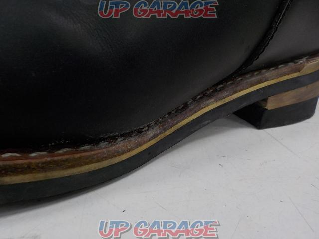 Unknown Manufacturer Engineer boot Size: 7 1/2-06