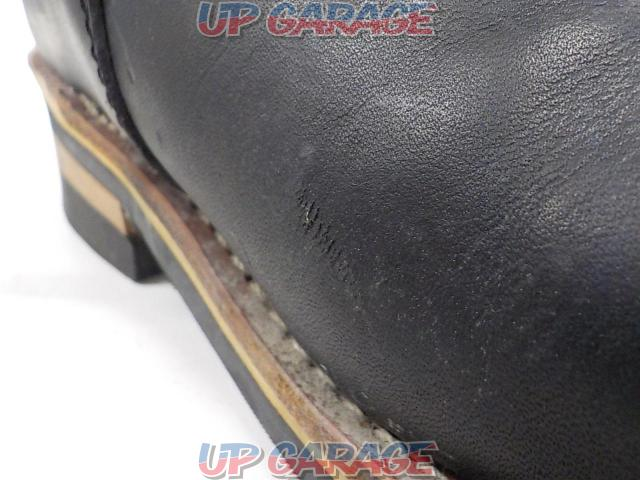 Unknown Manufacturer Engineer boot Size: 7 1/2-08
