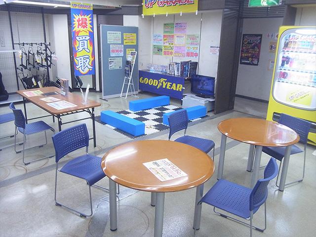 shopimg_hirosima-center_inside_03