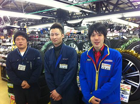 shopimg_aomorinisi_staff